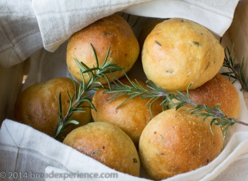 Potato Rosemary Rolls with Olive Oil and Semolina